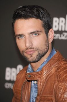 Beautiful Men Faces, Gorgeous Eyes, Amazing Eyes, Maxi Iglesias, Hot Guys, Blue Eyed Men, Latin Men, Handsome Faces, Most Handsome Men