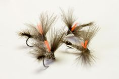 Montajes para la Trucha – Pescando a Mosca Fly Tying, Fly Fishing, Dandelion, Flowers, Fishing Tricks, Trout Fishing, Homemade Fishing Lures, Montages, Towers