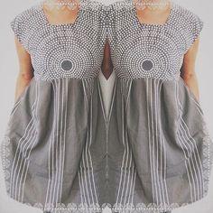 Mixing #fokus by #annadanielsson for #marimekko and #recycled #oldsheet to a #dress #vestido  #oneofakind #unique #piezasunicas #upcycled #reuse #reduse #reciclar #ecolifestyle #ecofashion #ecofashionista #sustainablefashion #sustainableliving #hechoamano #handmade #vhga #bedifferent! #greyday #mixingprints Reuse, Upcycle, Marimekko, Recycled Fabric, Mixing Prints, Sustainable Fashion, Recycling, Fabrics, Shirt Dress