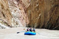 Whitewater rafting and kayaking in India on the Zanskar river with Bio Bio Expeditions.