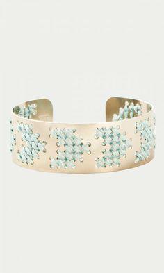81 best Perles et bijoux images on Pinterest   Ear studs, Bead ... f0a28cc62071