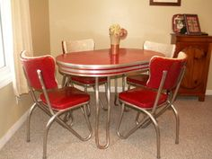 Retro kitchen table and chair set~dinette ~ dining ~ vintage ~ chrome + formica in Home & Garden, Furniture, Dining Sets Kitchen Tables For Sale, Retro Kitchen Tables, Kitchen Dinette Sets, Retro Dining Table, Kitchen Table Makeover, Dining Room Table Chairs, Dining Furniture, Vintage Kitchen, Retro Furniture