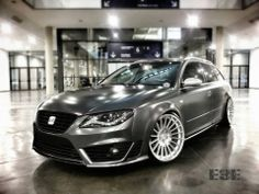 B7 with seat exeo face or is it an exeo with audi front doors and B7 rs wingmirrors?