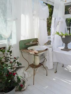 Heavens Rose Cottage.  Facebook. I love how this cottage made the porch vintage with it's rustic touch <3
