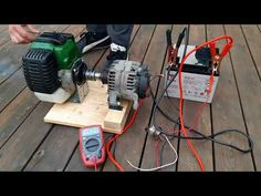 DIY How to make weedeater generator New project Alternator. Diy Generator, Homemade Generator, Power Generator, Diy Electronics, Electronics Projects, Off Grid Solar Power, Life Hacks Youtube, Welding Art Projects, Amazing Life Hacks