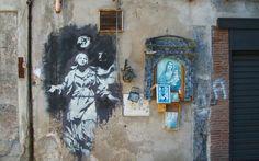 Street Art a Napoli l'unica opera italiana di Banksy. Scoprire Napoli