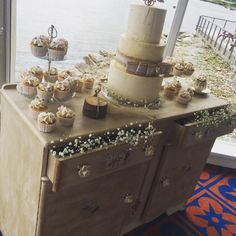 One of the Beautiful Wedding Cakes over the weekend by Claire the Baker. Beautiful Wedding Cakes, Weekend Is Over, Claire, Real Weddings, Decorative Boxes, Home Decor, Decoration Home, Room Decor, Interior Design