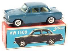 VEP 18 Février 2017  TEKNO (DANEMARK) 828 VOLKSWAGEN 1500 1961 bleu pétrole A-.c carrosserie légèrement encrassée & tachée 100€