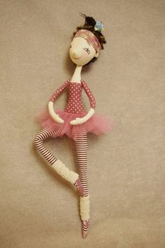 Mimin Dolls: padrão doll NKALE - bailarina