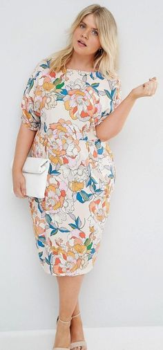 Plus Size Wiggle Dress In Bright Floral Print