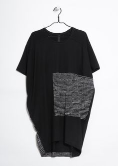 kowtow - 100% certified fair trade organic cotton clothing - Simplicity Dress I bought this dress and it's clever!