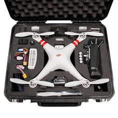 Go Professional Cases DJI Phantom Case for Quadcopter and GoPro Cameras (850523004210) Water-jet precision cut case with no die-cutting or punch-cutting Custom foam interior is housed in an SKB military spec case Meets ATA carry-on requirements so it's easier to transport your Phantom