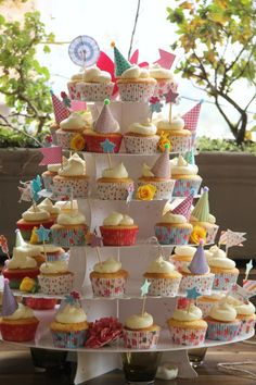 Cook Culinary Studio puts a whole new spin on entertaining, with sizzling cooking and table styling workshops unlike any other! Cake Table, Confectionery, Delish, Cupcakes, Cook, Baking, Studio, Floral, Party