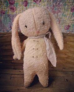 Shabby Primitive Bunny Easter rabbit Spring Cloth by MeNtheGirls