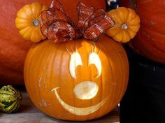 MINNIE MOUSE PUMPKIN...this is Adorable! Featured on our 50+ of the Best Decorated Pumpkin Ideas!  http://kitchenfunwithmy3sons.com/2016/08/best-pumpkin-decorating-ideas.html/
