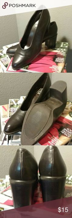 """KB & Co. Black pumps 9M EUC!!! Pristine condition, chunky 3"""" heel. Soft leather. A staple!! KB & CO Shoes Heels"""