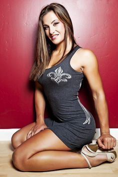 Miesha Tate Female Mma Fighters, Ufc Fighters, Female Fighter, Miesha Tate, Ufc Boxing, Ufc Women, Mma Fighting, Mixed Martial Arts, How To Pose