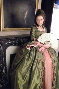 XVIII° century gown