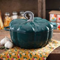 The Pioneer Woman 4-Quart Timeless Gourds Enameled Cast Iron Dutch Oven…