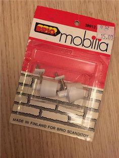 Annons på Tradera: Två vägglampor för dockskåp Brio Mobilia 80tal