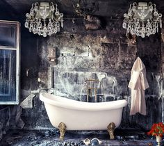How to Fix a Leaky Faucet on a Clawfoot Tub Bad Inspiration, Bathroom Inspiration, Spas, Claw Foot Bath, Leaky Faucet, Ivy House, Plumbing Fixtures, Bath Fixtures, Beautiful Bathrooms