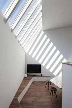 Cool Stuff We Like Here @ RustikLight.com ------- << Original Comment >> ------- Wohngalerie in Japan / Jenseits des Hüg  lecumnerri