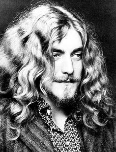 stairwaytoleadzeppelin: Robert Plant