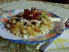 Tökös tehéntúrós galuska Okra, Potato Salad, Grains, Potatoes, Rice, Ethnic Recipes, Food, Gumbo, Eten