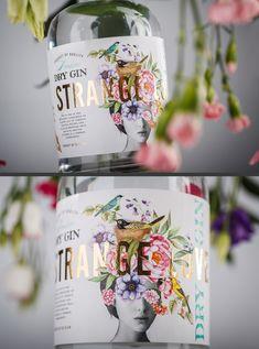 Food Packaging Design, Beverage Packaging, Bottle Packaging, Pretty Packaging, Packaging Design Inspiration, Brand Packaging, Web Design, Label Design, Anuncio Perfume