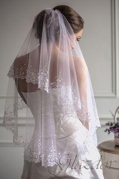 Фата свадебная с вышивкой by GLAZDOV on Etsy