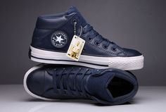 Blue Converse Padded Collar All Star High Leather Terminator Genisys Chuck Taylor : Converse flag shoes and converse platform shoes outlet Mens Boots Fashion, Sneakers Fashion, Fashion Shoes, Blue Converse, Converse Men, Dorothy Shoes, Leather Chuck Taylors, Look Man, Shoes Outlet