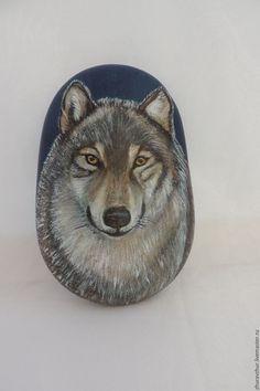 Роспись по камню ручной работы. Ярмарка Мастеров - ручная работа. Купить Волк,камень. Handmade. Серый, рисунок на камне, подарок