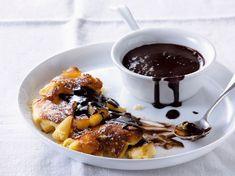 Découvrez la recette Omelette au chocolat sur cuisineactuelle.fr.