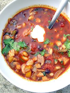 Jerk Chicken Chili - A Hint of Honey ( it has chocolate in it too!!)
