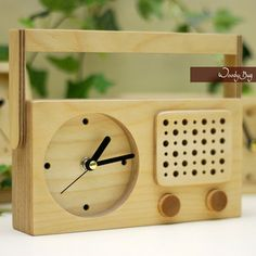 Clock with speaker