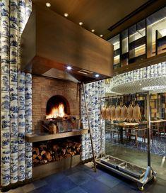 Taiyufung Peking Duck Restaurant by Golucci International Design, Tianjin –… Classic Restaurant, Restaurant Lounge, Chinese Restaurant, Restaurant Design, Asian Interior Design, Bar Interior, Asian Design, Oven Design, Kitchen Design