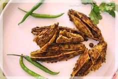 How to make Stuffed Karela, Bitter gourd stuffed with fresh indian spices. Traditional Punjab Style Karela Recipe, Step by Step Stuffed Karela Recipe… Continue reading → Indian Food Recipes, Vegetarian Recipes, Cooking Recipes, Delicious Dinner Recipes, Yummy Food, Tasty, Dried Mangoes, Kerala Food, Acquired Taste