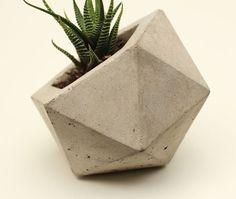 Dica de faça você mesmo. DIY: CHARMOSOS VASINHOS DE CONCRETO #DIY #vasodeconcreto #geométricos