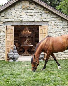 perfect horse & decor:)