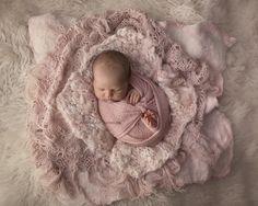 Beautiful layered newborn image erin elizabeth