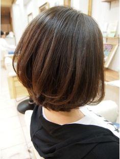 【VIRGO】40代50代お手入れが楽なレイヤーボブ Shoulder Length Hair, Cute Hairstyles, Hair Lengths, Salons, Short Hair Styles, Hair Cuts, Hair Beauty, Chic, Flower