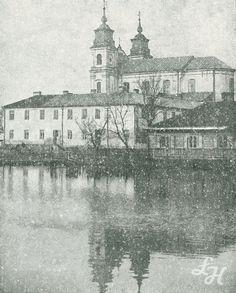 Kościół popijarski p.w. Przemienia Pańskiego, widok od strony nieistniejącej dziś sadzawki. Lata 20-te ubiegłego wieku.