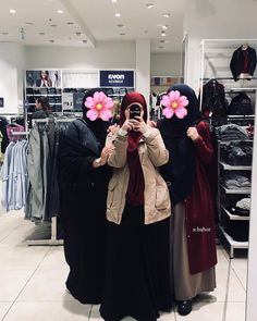 Abaya Fashion, Muslim Fashion, Fashion Outfits, Girl Hijab, Hijab Outfit, Bff, Hijab Trends, Islamic Clothing, Beautiful Hijab