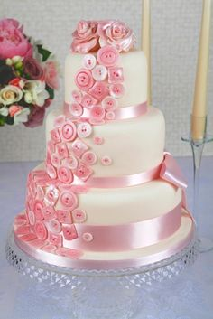 Vintage Button Wedding Cake Oh My God Pretty But With Your Colors