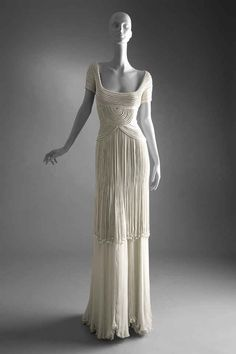 If you're planning a trip to London any time in the next few months, make sure to stop by Somerset House: The museum will host an exhibition dedicated to Valentino, featuring over 130 designs worn by the likes of Gwyneth Paltrow and Grace Kelly.