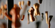 At first glance, the installation artworks of Korean artist Bohyun Yoon appear to be merely suspended doll parts dangling in mid-air in an empty gallery . Broken Doll, Shadow Art, Shadow Puppets, Doll Parts, Korean Artist, Art Object, Easy Halloween, Light And Shadow, Installation Art