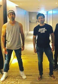 Rishi Kapoor, Arjun Kapoor, Varun Dhawan Instagram, Gym Buddy, Film World, Mens Kurta Designs, Happy New Year Images, Indian Celebrities, Bollywood Actors