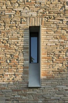 Picture House  //  Architect Fabio Barilari  //  Ripatransone, Italy