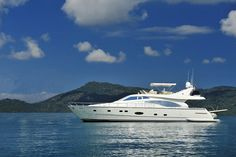 """Awesome Yachts   Ferretti 680 """" Double Issue"""""""