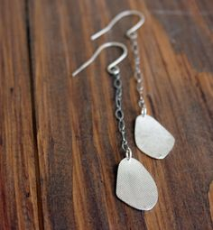 Long dangle embossed earrings in sterling by SilverLinesJewelry, €35.58